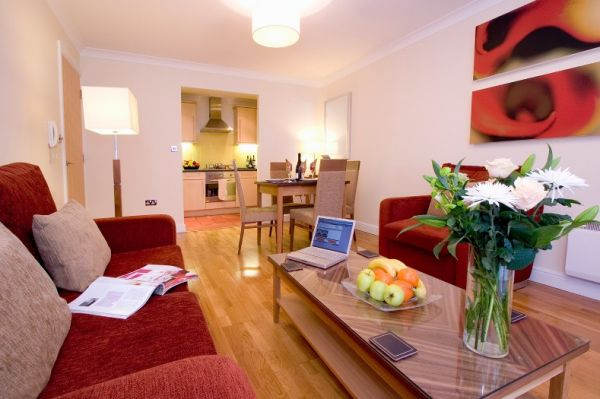 Redcliffe Bristol Serviced Apartments Lounge